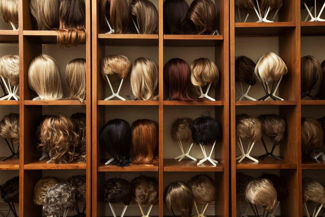 Przewodnik po perukach naturalnych